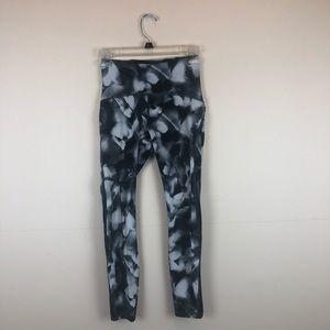 Lululemon Black Patterned Mesh Leggings size 4